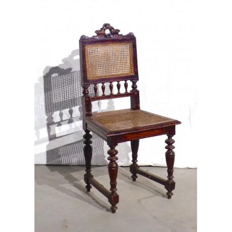 Chaise bois style 19ième assise cannée