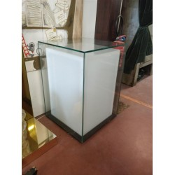 Cube lumineux en verre
